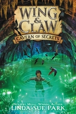 Book cover of WING & CLAW 02 CAVERN OF SECRETS