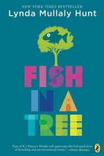 Book cover of FISH IN A TREE