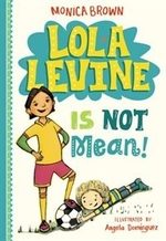 Book cover of LOLA LEVINE 01 IS NOT MEAN