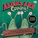 Book cover of ALIENS ARE COMING