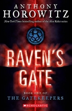 Book cover of GATEKEEPERS 01 RAVEN'S GATE