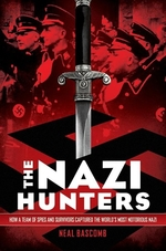 Book cover of NAZI HUNTERS