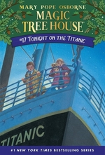 Book cover of MAGIC TREE HOUSE 17 TONIGHT ON THE TITAN