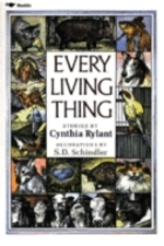 Book cover of EVERY LIVING THING