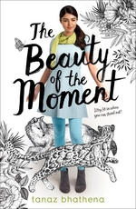 Book cover of BEAUTY OF THE MOMENT
