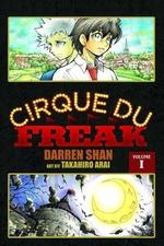Book cover of CIRQUE DU FREAK MANGA 01