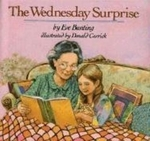 Book cover of WEDNESDAY SURPRISE