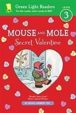 Book cover of MOUSE & MOLE SECRET VALENTINE