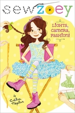 Book cover of SEW ZOEY - LIGHTS CAMERA FASHION