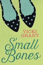Book cover of SMALL BONES