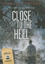 Book cover of CD 7 - CLOSE TO THE HEEL