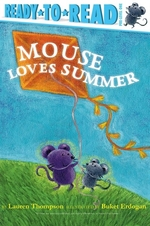Book cover of MOUSE LOVES SUMMER