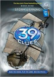 Book cover of 39 CLUES 09 STORM WARNING