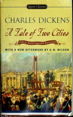 Book cover of TALE OF 2 CITIES